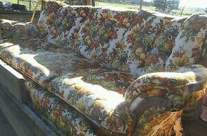 008-Vintage-Deville-Furniture-Funky-Floral-Fruit-Pattern-1970s-1980s-Sofa-Couch