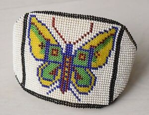 Antique-Native-North-American-Beaded-Handmade-Wrist-Purse-Wallet-Beadwork-Beads