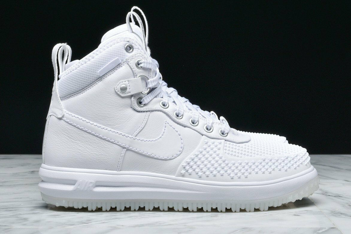 Nike Lunar Force 1 Duckboot Triple White boot Size 10.5. 805899-101 jordan