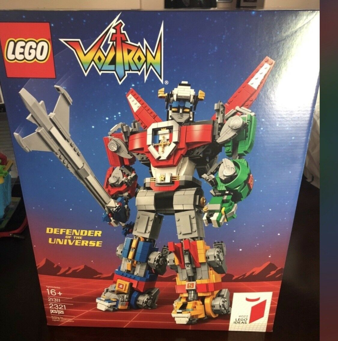 Lego 21311 Voltron Defender Of The Universe Universe Universe In Hand f130d6