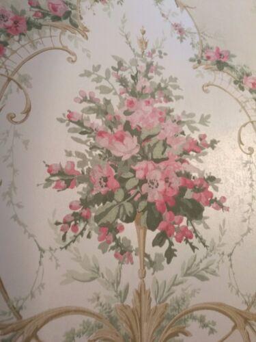 Tapete Lind Creme Lachs Sahne Designtapete Medaillon floral Ornamente