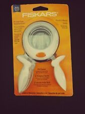 Fiskars Squeeze Punch X-Large-Bow Tie 119060 2/""