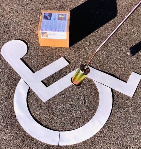 Silla de Ruedas Discapacitado aparcamiento Logotipo Pintado Línea aparcamiento marcado