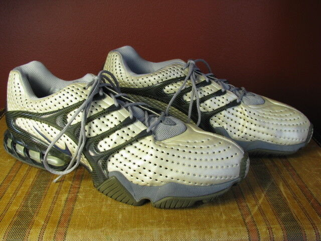 RARE  Vintage 2003 Nike Zoom Air Streak Vapor Series Silver Racer Men's size 14