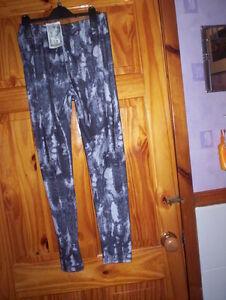 *** Nouveau *** Noir/gris Détaillé Leggings Taille 16-18 Free P&p Uk Seulement *** Facile Et Simple à Manipuler