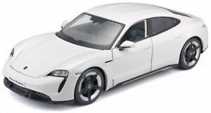 PORSCHE Taycan Turbo S - white - Bburago 1:24