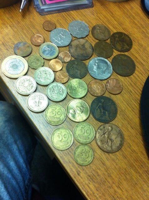 Lot Of Vintage World Coins Money Change Euros Pounds Usa Dollars Hong Kong