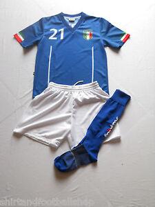 Completo-ITALIA-Calcio-Azzurri-Con-Nome-e-Numero-a-Richiesta-Mondiali-Brasile