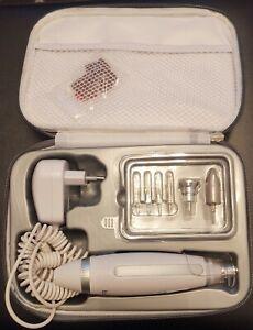 Beurer Mp 62 Elektrisches Manikure Pedikure Set 10 Aufsatze Led Licht Ebay