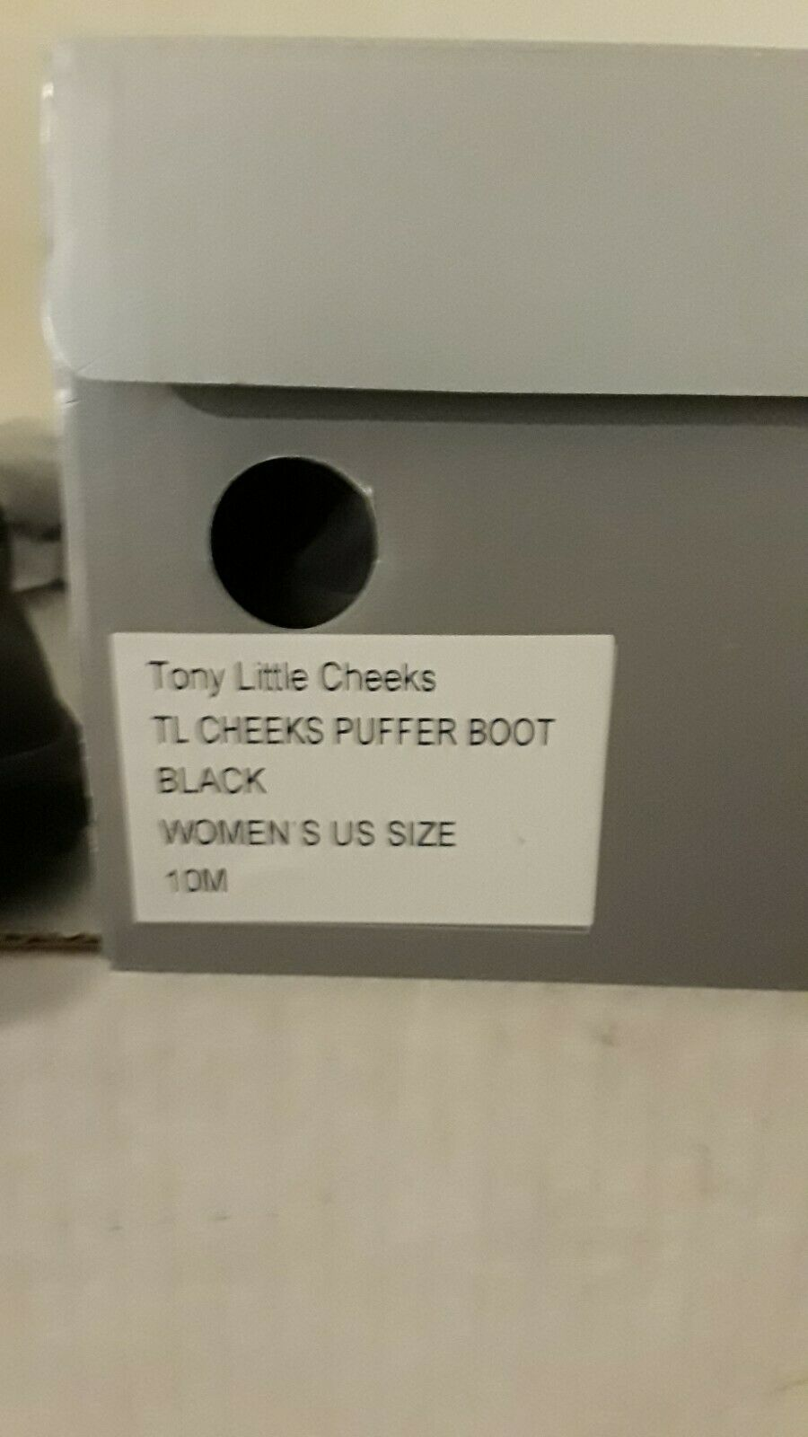 ,womenSTony Little Cheeks Tennis shoe boots, Size 10 womenExcellent Condition,