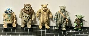Vintage Kenner Star War Action Figure Lot (Logray, Chief Chirpa, Yoda, R2-D2...)