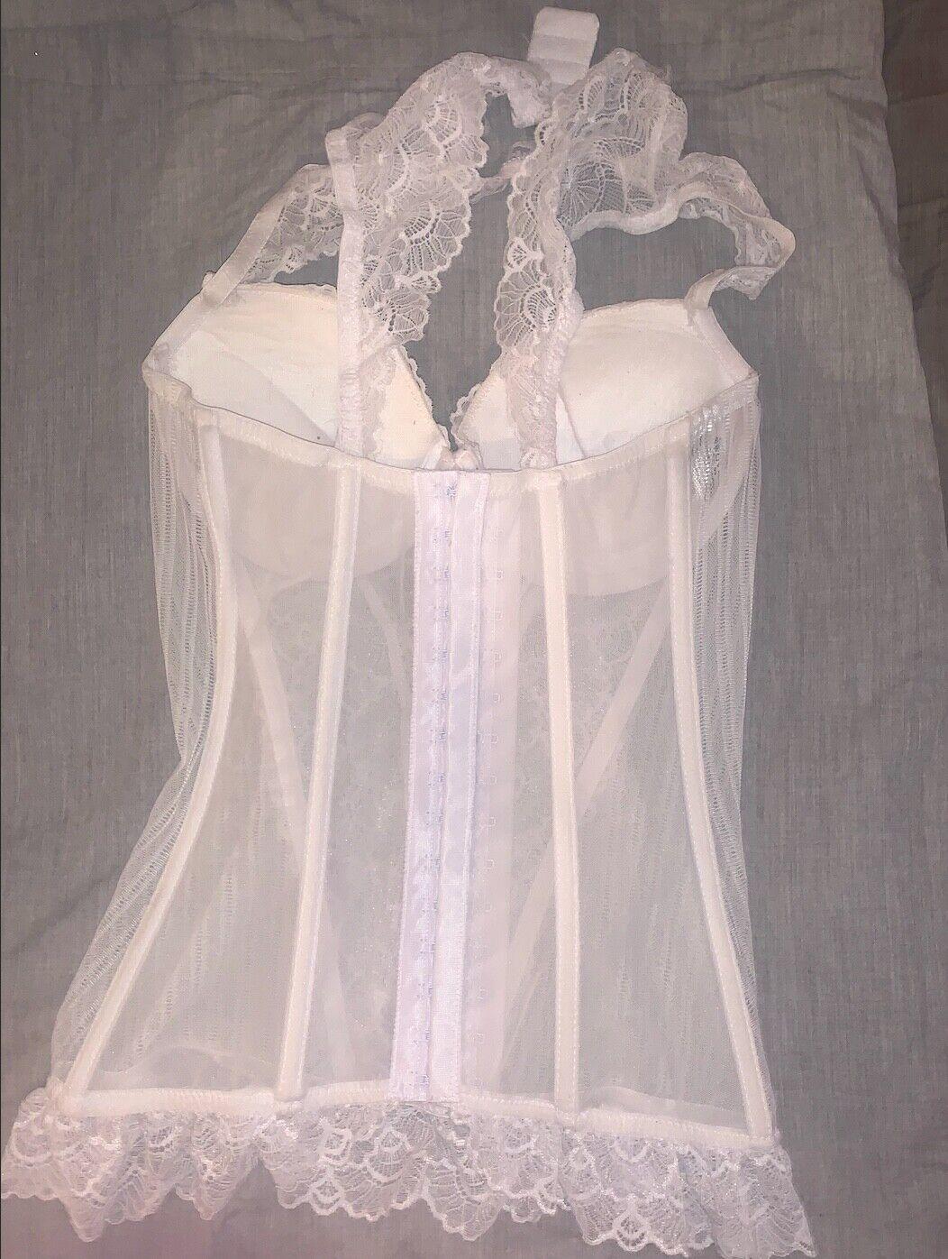 beautiful vintage white lace bustier corset - image 2