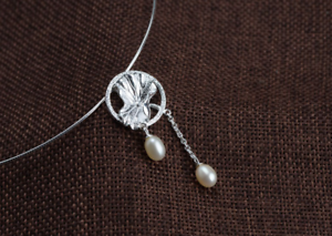 B11-Lotus-Flower-with-2-Freshwater-Pearls-Pendant-Sterling-Silver-925