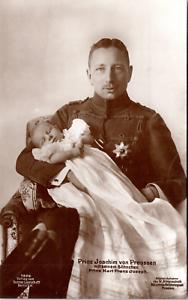 Prinz-Joachim-von-Preussen-mit-Sohnchen-Vintage-silver-print-Le-prince-Joachim