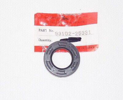 93102-25331 NOS Yamaha Oil Seal IT200 YFS200 Blaster Y901t