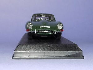 MINT-BOXED-BEST-MODELS-NO-9014-JAGUAR-E-TYPE-FHC-ON-PLINTH