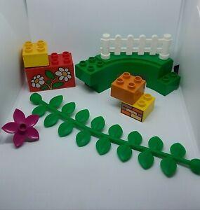 Lego-Duplo-8-Pieces-Lot-Bundle-Parts-Flowers-Vine-Fence-Brick-Daisies-Train-Nice