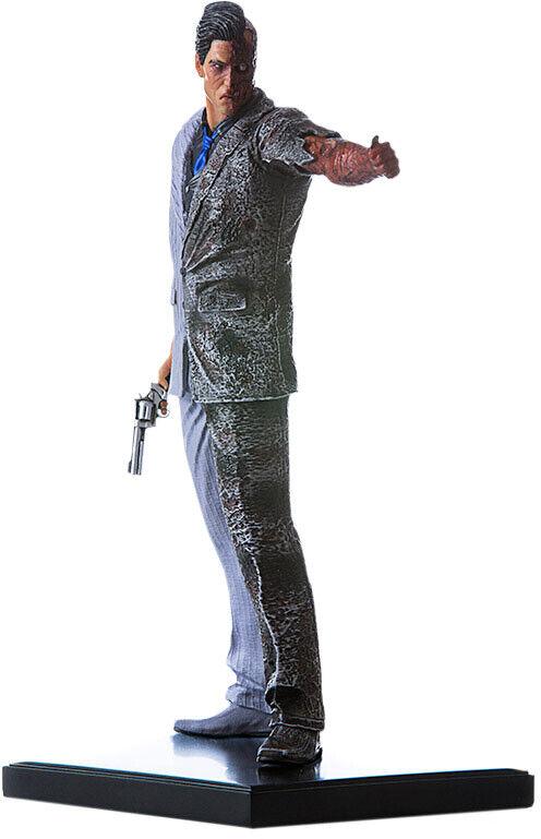 BATMAN  Arkham Knight  Two-Face 1 10th Art Scale Statue (Iron Studios)  NEW