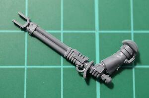 Warhammer 40000-Adeptus mechanicus-Ski<wbr/>tarii-Bras matraque