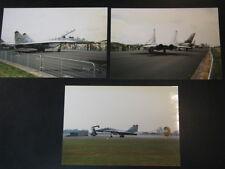 Photo MIG-29 Fulcrum Slovanian AF (2x) Open Dag KLu Vlb Gilze-Rijen 1997 3x