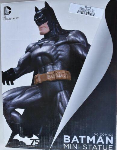 DC Collectibles Batman Metallic Mini Statue by Jim Lee