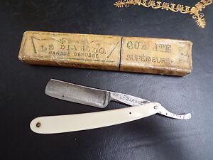 Coiffeur-Barbier-Ancien-rasoir-de-Barbier-vers-1950