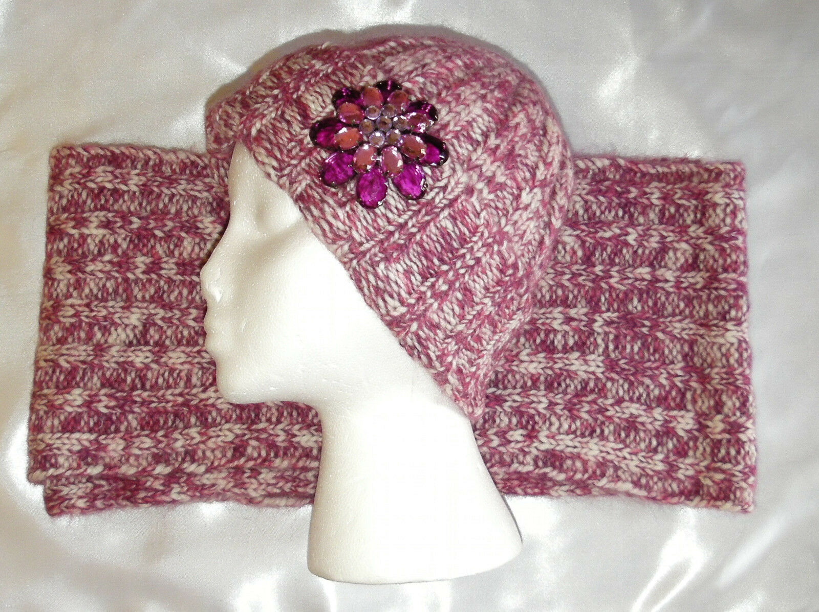 PORTOLANO Shetland Wool Red & White Woman's Scarf and Hat set New NWOT