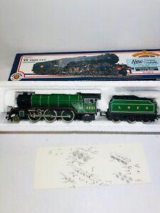 Bachmann-31-555-V2-4801-LNER-Darlington-Green