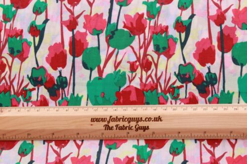 """William Morris Floral Tulips Rose Vines High Quality 58/"""" 100/% Cotton Lawn"""