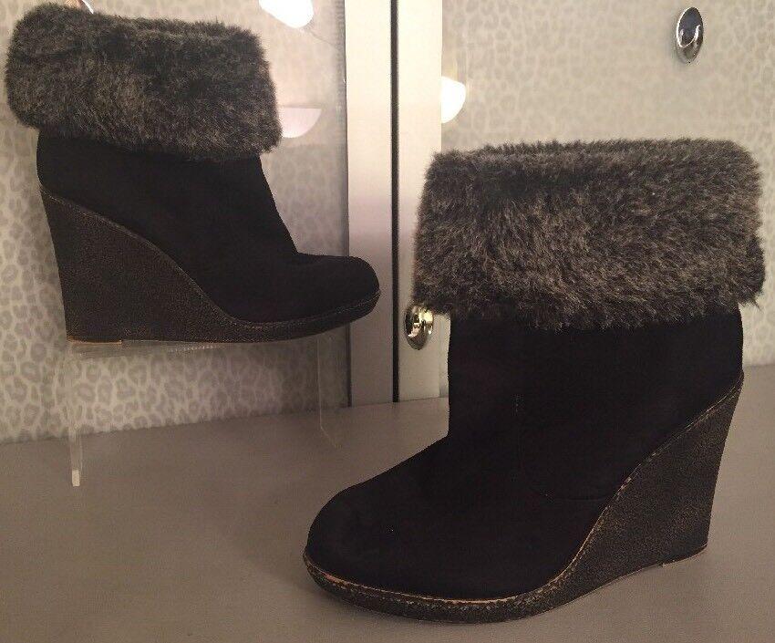 ZigiSoho 11 Black Wedge Boot