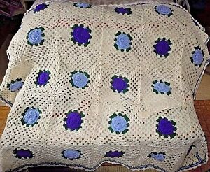 Gorgeous-Handmade-Crocheted-Afghan-Quilt-Throw-Blanket-Purple-Flowers-Floral-NEW