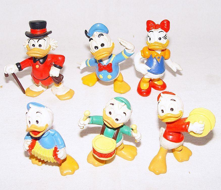 Vintage Daisy Duck Figurine 1988 The Disney Collection Daisy Duck Figurine