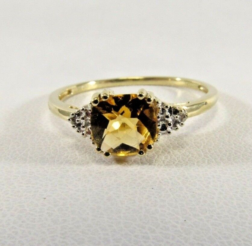 10K Solid gold Citrine and Diamond Ring Size 8 SAVE  265 R531