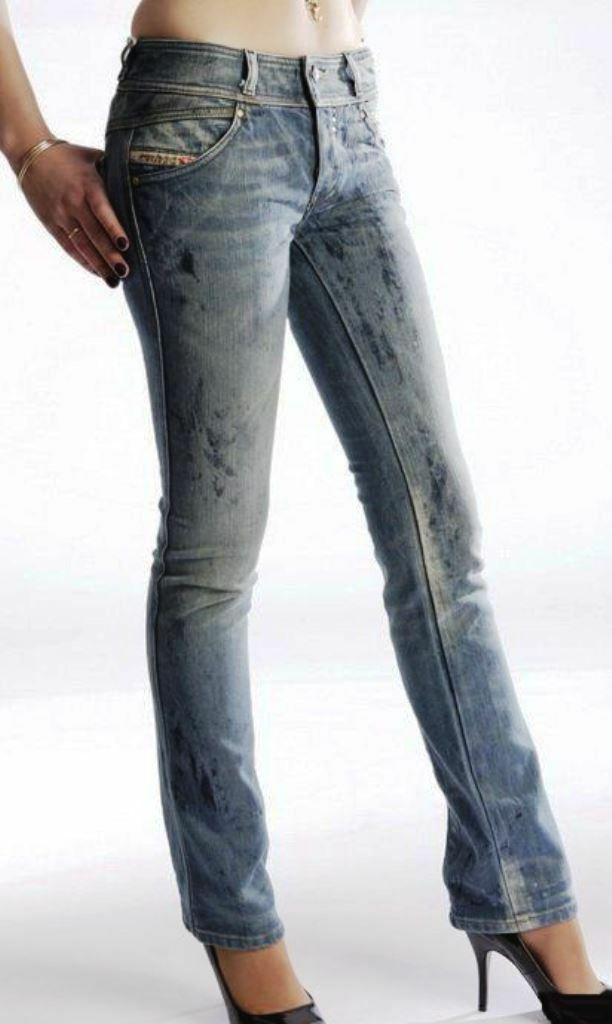 New Diesel  Rokket 0072L Straight Leg Distressed bluee Jeans 25 X 30