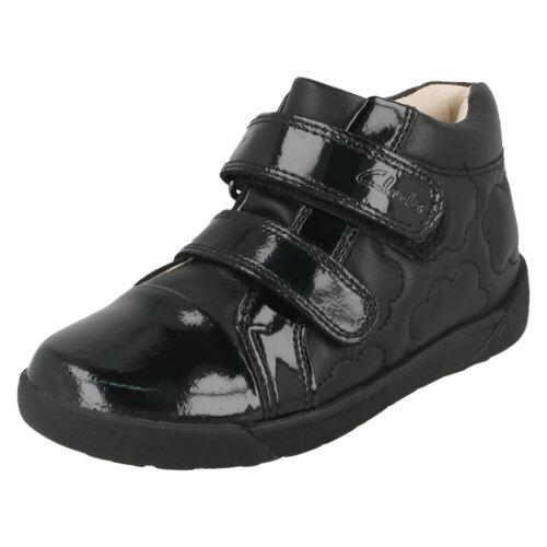 Girls Clarks School Shoes *Lilfolk Dot*