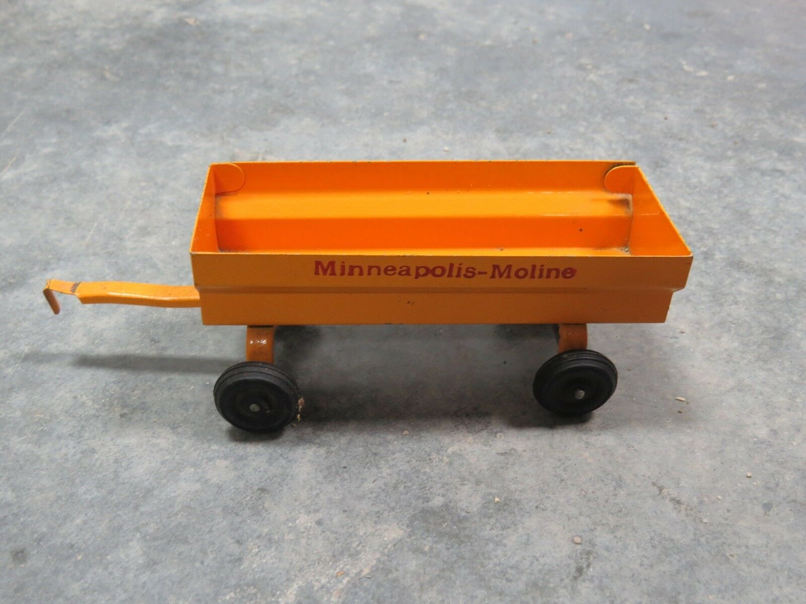 Vintage Minneapolis Moline Pressed Steel Wagon rare size unusual  1 32 1 25 SLIK