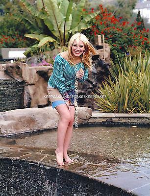 Actress Singer Hilary Duff Sexy Young  X 11 Barefoot Feet