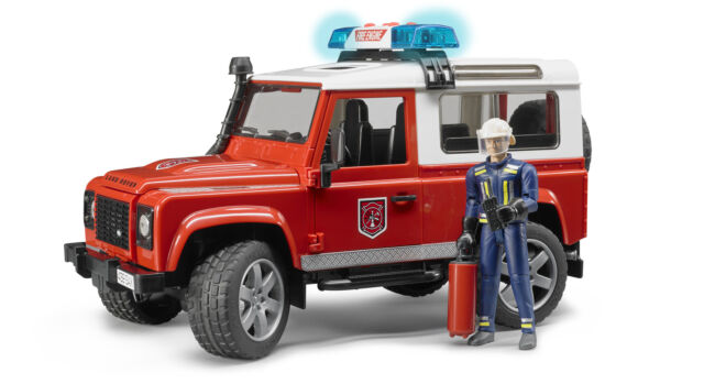 Bruder®  02596 Land Rover Defender St. Wagon Feuerwehrfzg L&S + Mann, NEU & OVP