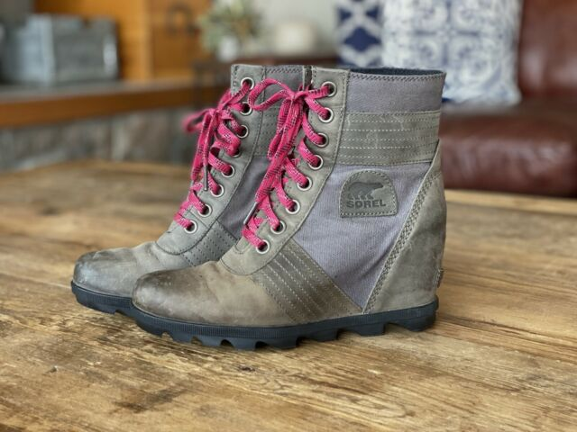 Sorel lexie wedge NuBuck Touchyquarry, BOOTS Size 9.5