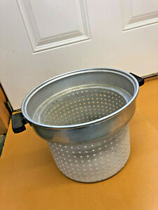 BS4-HUGE-2-gallon-strainer-pot-collander-with-handles