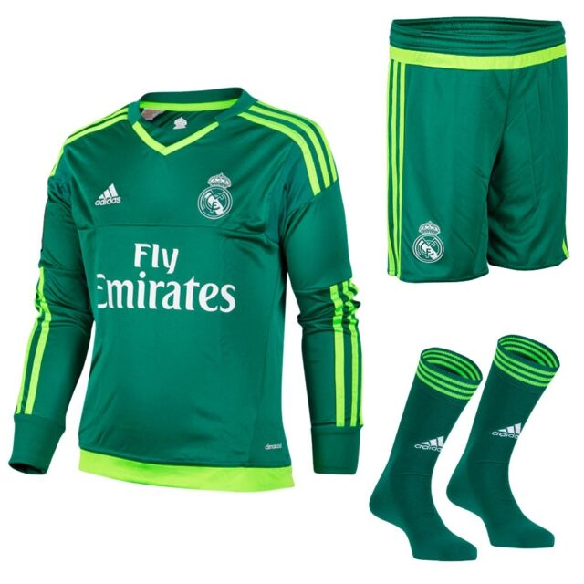 adidas Kids Real Madrid Football Away Goalkeeper Kit Shirt Shorts Socks  15 16 Green 2 Years for sale online  575b6c6fd