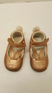 Carters baby girl bunny shoes Size 5 | eBay