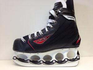 CCM-RBZ-50-t-blade-Eishockey-Schlittschuhe-Senior-Gr-40-Hockeyskate-Sale