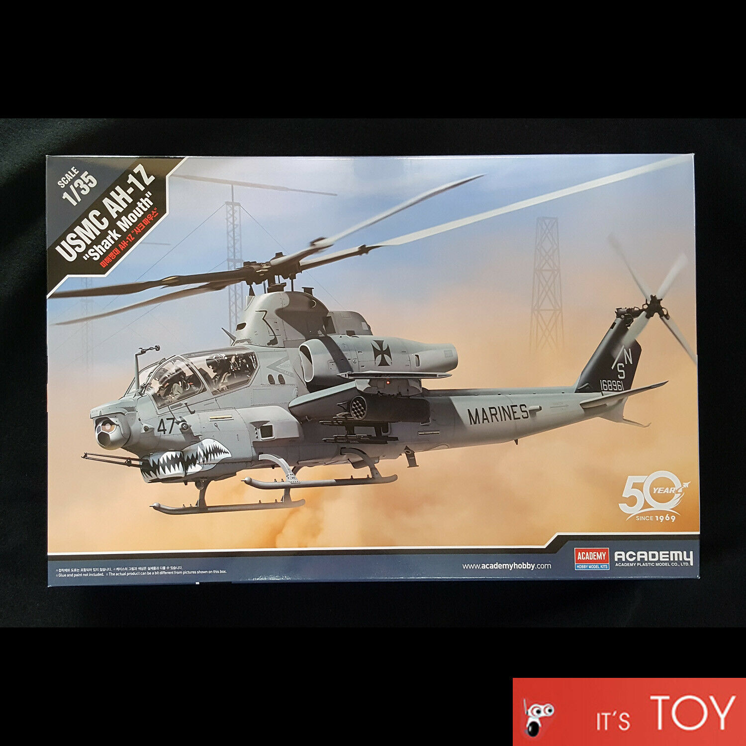 Academy 12127 1:35 Scale US Marine Corps AH 1Z Shark Mouth Helicopter Kit Toy