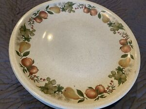 Wedgwood-Quince-Four-4-Dinner-Plates-Great-Condition-10-1-2-Round-Fruit-Design