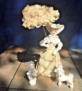 Vintage-ARNART-CREATION-Spaghetti-Lace-WHITE-POODLE-poodles-WOMAN-amp-PARASOL-j8