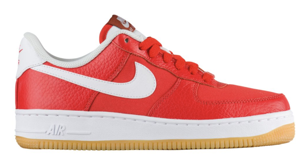 NIKE AIR FORCE 1 1 1 '07 PREMIUM LEATHER CASUAL donna scarpe VARIOUS coloreS 6 to 8 2b7ec4