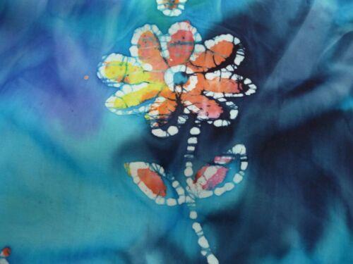 Blau bunt Meterware, 15,90 €//m Blumenmuster Batik Baumwolle