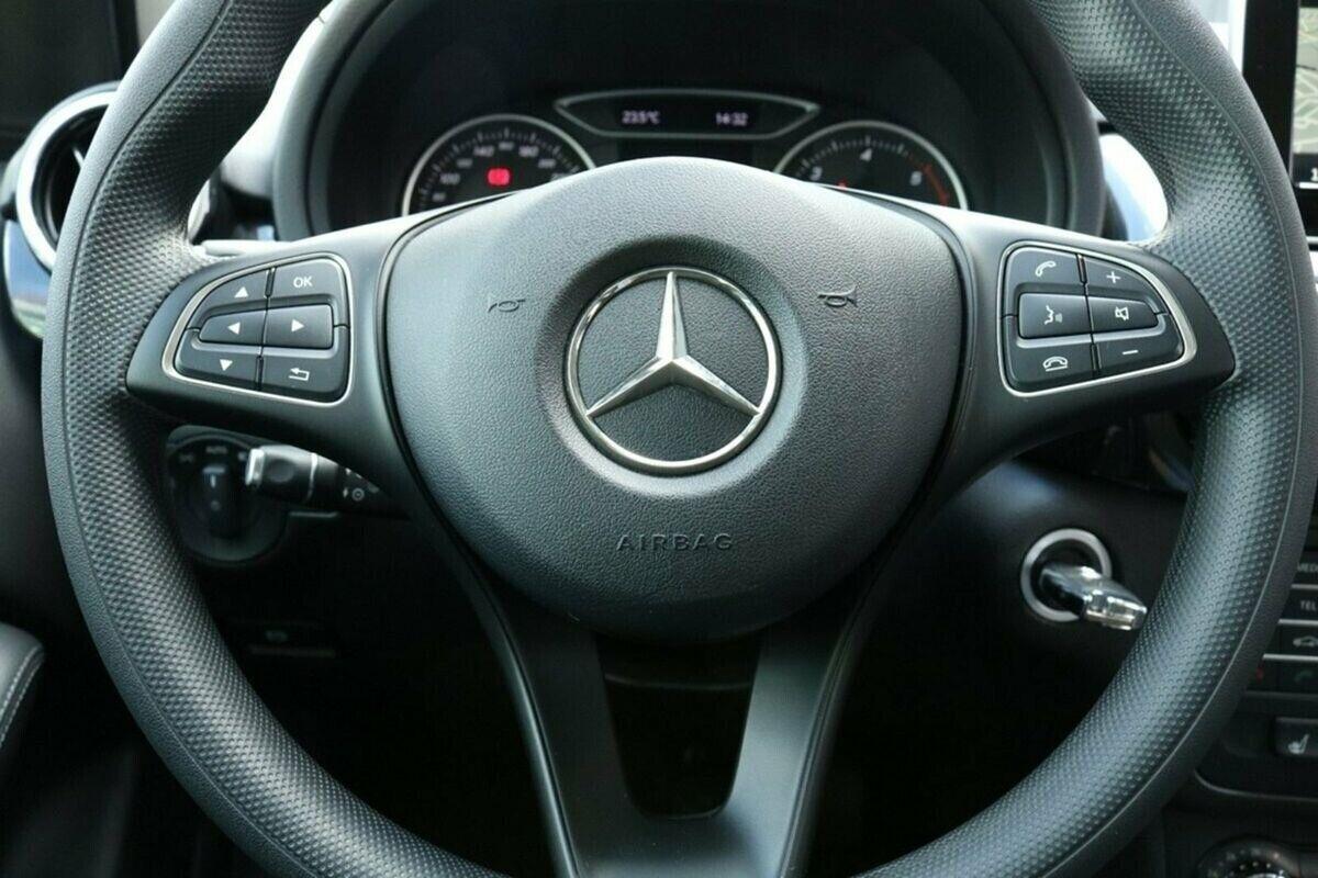 Mercedes B180 d