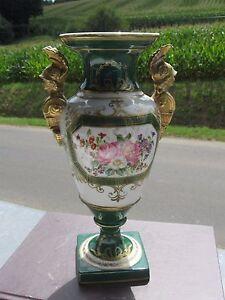 Vase-en-Porcelaine-de-Paris-XIXeme